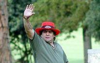 Maradona vince un torneo di Golf!