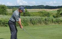 Lezioni di golf: waggle e relax in posizione di partenza