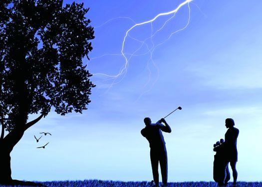 sospendere giro golf