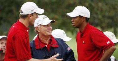 Tiger Woods e Jim Furyk