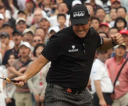Phil Mickelson vince