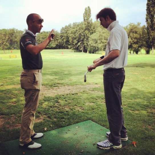 Lezione di golf, impugnatura (4)
