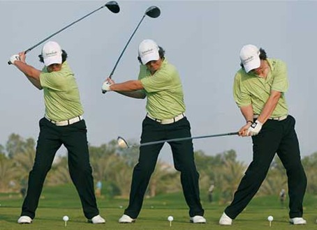 golf-swing-downswing-3